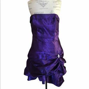 Junior Women's purple Pretty Dress size 13